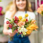 Романтическая доставка цветов в Сумах будний день сделает праздником
