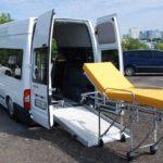 Профессиональная перевозка лежачих больных: особенности